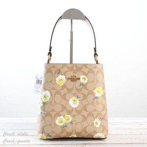 NWT Coach Small Town Bucket Bag with Daisy Print